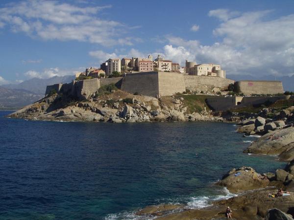 Korsika (2)